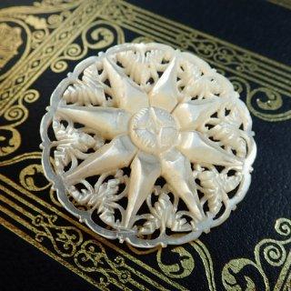 【 Andart 】 ベツレヘムの星 マザーオブパール(白蝶貝)のブローチ
