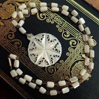 【 Andart 】 ベツレヘムの星 マザーオブパール(白蝶貝)のネックレス