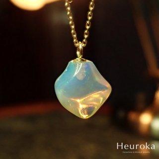 【 Heuroka 】10月の誕生石/オパールのネックレス