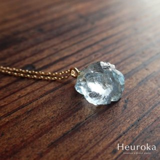 【 Heuroka 】3月の誕生石/アクアマリンのネックレス