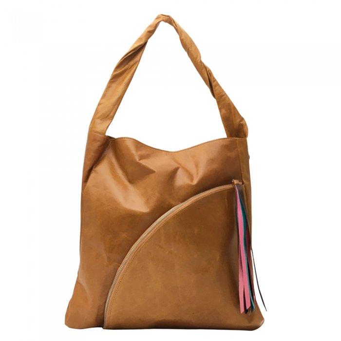 【ホース】柔らかくて軽いホースレザーの手触りにびっくり トートバッグ