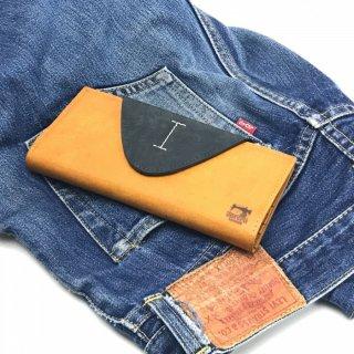 【プエブロ(日本製)】表面の起毛加工が特徴的なレザーらしいレザーグッズ<BR>カブセ長財布