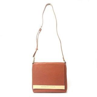 【バングラ/メンズバッグ】レザーの匂いが漂う、これぞレザーバッグの醍醐味。贅沢なショルダーバッグ<br> ショルダーバッグ(小)