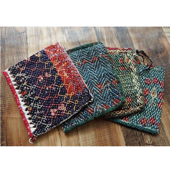 バンジャラ族 ヴィンテージ刺繍 布小袋 4種