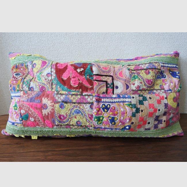 ラバリ族 刺繍 パッチワーク・クッションカバー  ロングサイズ A
