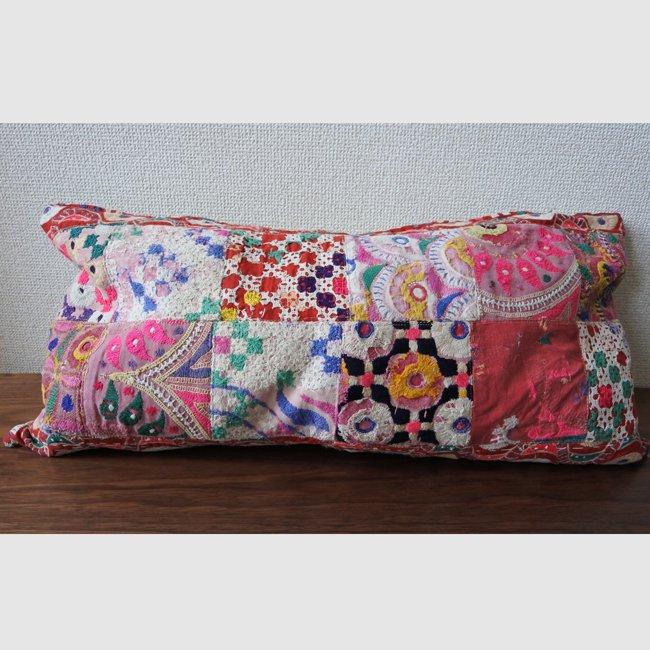 ラバリ族 刺繍 パッチワーク・クッションカバー  ロングサイズ B