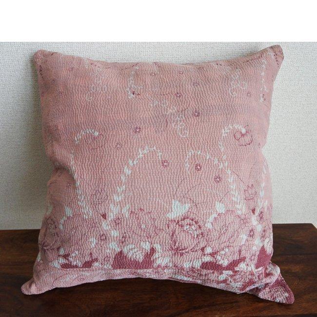 ラリーキルト クッションカバー カンタ刺繍 リバーシブル ピンク系 Mサイズ
