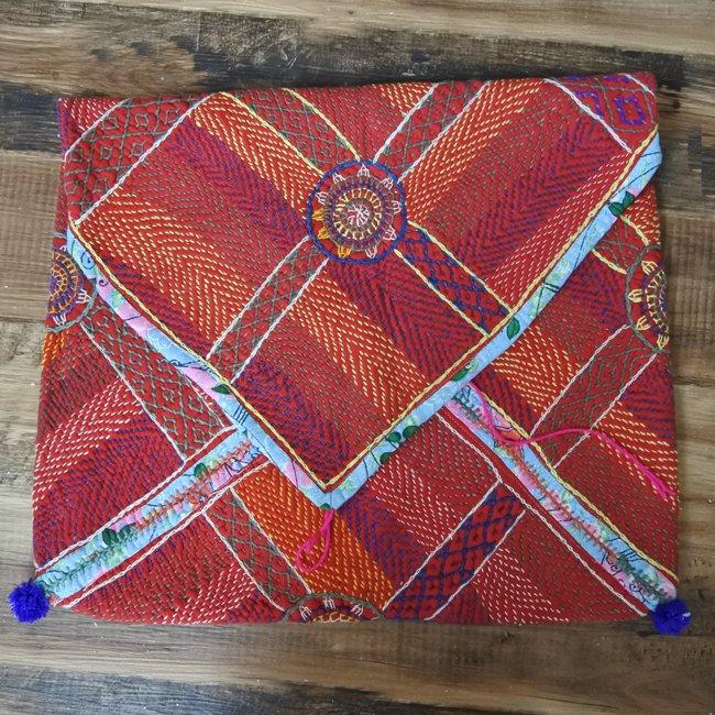 バンジャラ族 ヴィンテージ刺繍 布袋 F