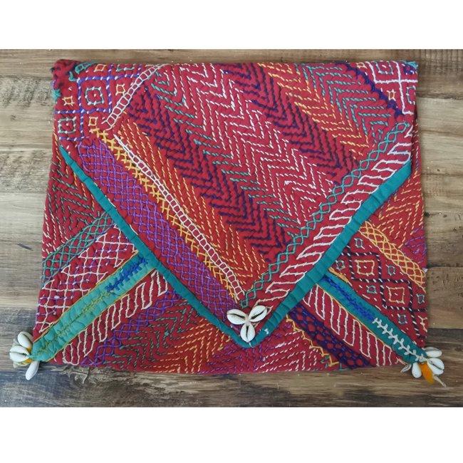 バンジャラ族 ヴィンテージ刺繍 布袋 K