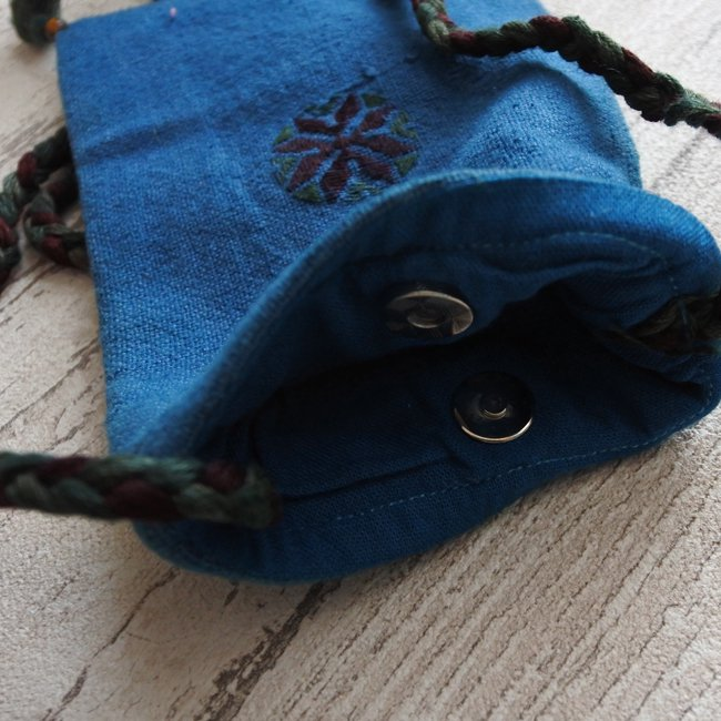 スーフ刺繍 首掛けミニポーチ