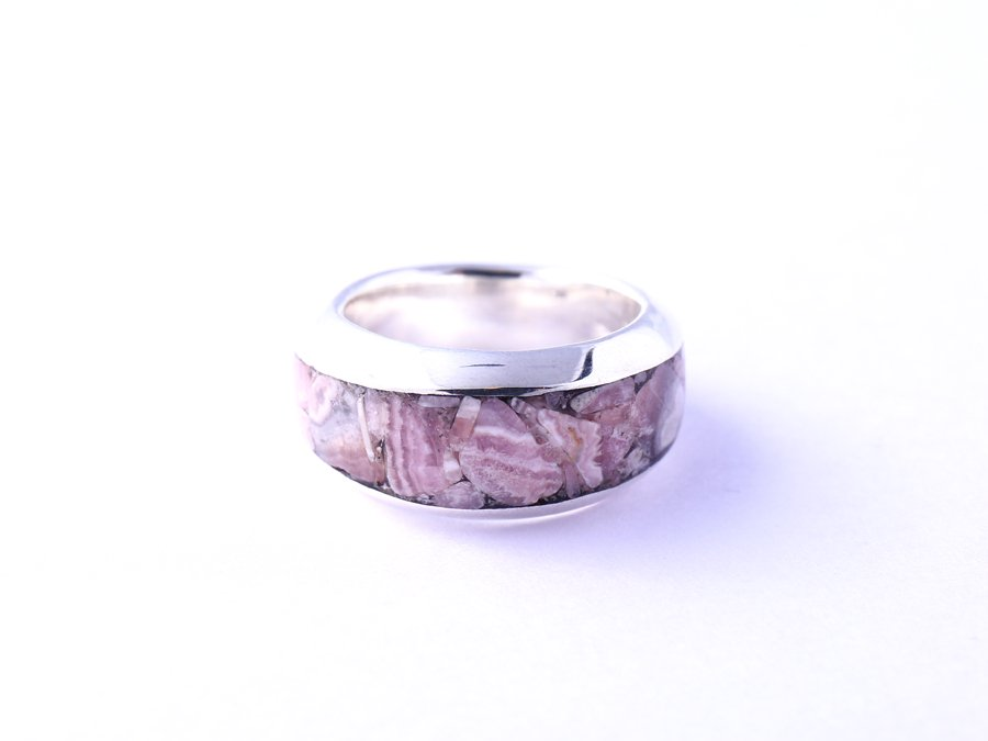 <img class='new_mark_img1' src='https://img.shop-pro.jp/img/new/icons8.gif' style='border:none;display:inline;margin:0px;padding:0px;width:auto;' />Rip Ring Rhodochrosite