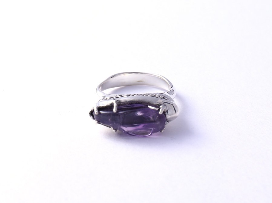 <img class='new_mark_img1' src='https://img.shop-pro.jp/img/new/icons8.gif' style='border:none;display:inline;margin:0px;padding:0px;width:auto;' />Amethyst Ring B
