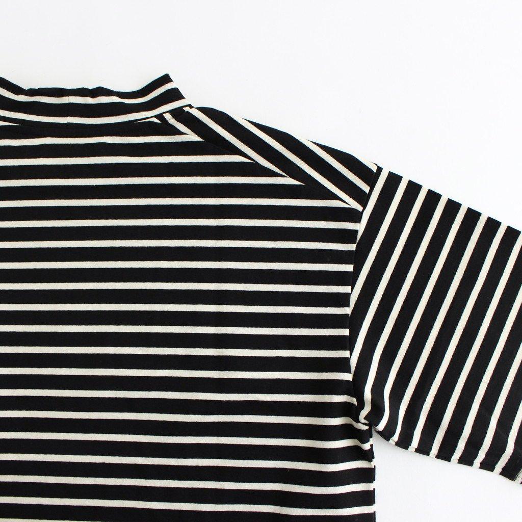 MOCK NECK BOX TEE #BLACK×WHITE [A52102]