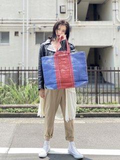 大きな買い物バッグ