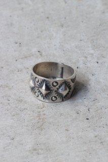Benson Shorty - Hammering Stump Work Ring -