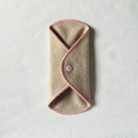 ボタン付ライナー(BL)くるみ染め 糸:ベビーピンク
