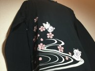 20%OFF絡繰魂 「さくらだにゃ〜刺繍」和柄長袖Tシャツ