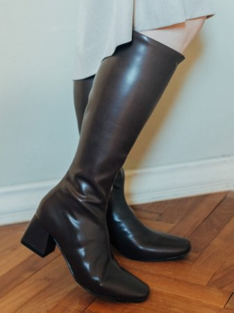 <img class='new_mark_img1' src='https://img.shop-pro.jp/img/new/icons5.gif' style='border:none;display:inline;margin:0px;padding:0px;width:auto;' />Fake Leather Long Boots / Black, Brown