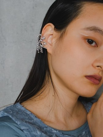 <img class='new_mark_img1' src='https://img.shop-pro.jp/img/new/icons5.gif' style='border:none;display:inline;margin:0px;padding:0px;width:auto;' />wave[glass](earrings)
