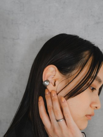 <img class='new_mark_img1' src='https://img.shop-pro.jp/img/new/icons5.gif' style='border:none;display:inline;margin:0px;padding:0px;width:auto;' />Water surface(ear cuff)