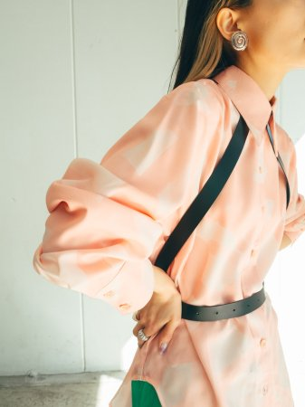Abstract Design Shirt / Black, Olive, Pink