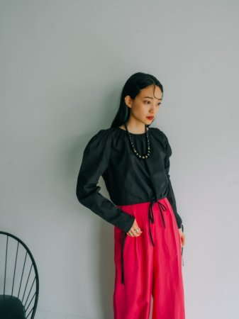 Puff Sleeve Cropped Top