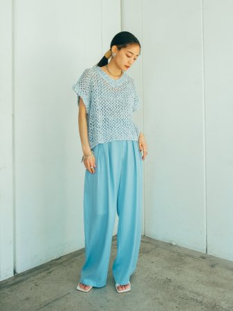 <img class='new_mark_img1' src='https://img.shop-pro.jp/img/new/icons56.gif' style='border:none;display:inline;margin:0px;padding:0px;width:auto;' />Light Blue Two Tuck Pants
