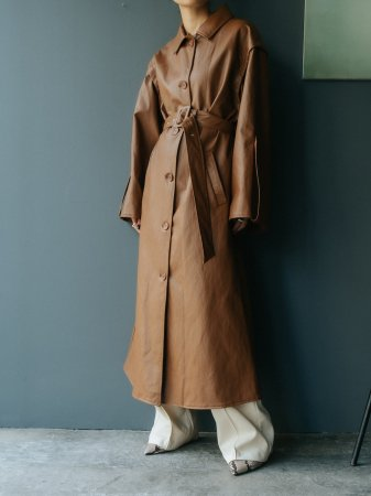 <img class='new_mark_img1' src='https://img.shop-pro.jp/img/new/icons38.gif' style='border:none;display:inline;margin:0px;padding:0px;width:auto;' />MARTE Fake Leather Coat/Long Vest