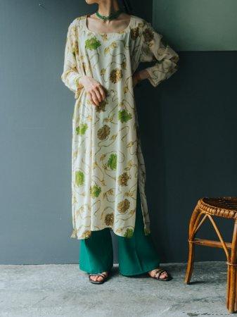 Oriental Flower Pattern Dress