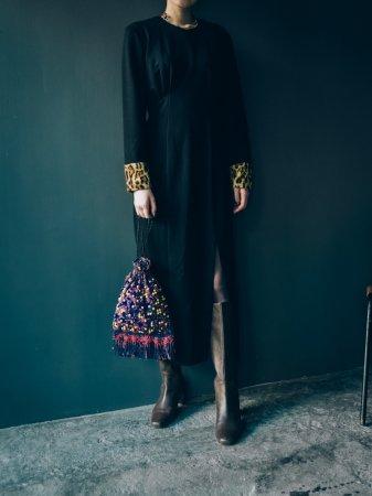 Far Cuffs Black Dress