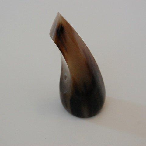 オランダ牛 爪(バチ)A 特大 9cmサイズ ツメ 赤牛製