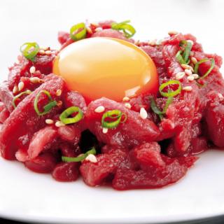 きざみ馬刺し(ユッケ風)(モモ肉) (50g)