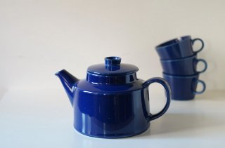 <img class='new_mark_img1' src='https://img.shop-pro.jp/img/new/icons2.gif' style='border:none;display:inline;margin:0px;padding:0px;width:auto;' />Arabia [ Kilta ]  TeaPot (Blue) / アラビア [ キルタ ] ティーポット (ブルー)