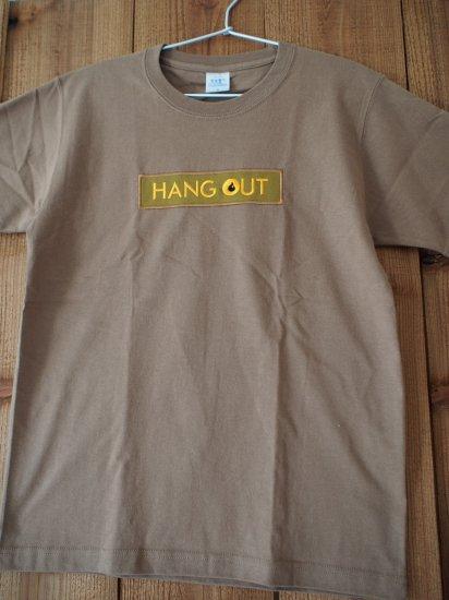 HANG OUT 刺繍Tシャツ キャラメル