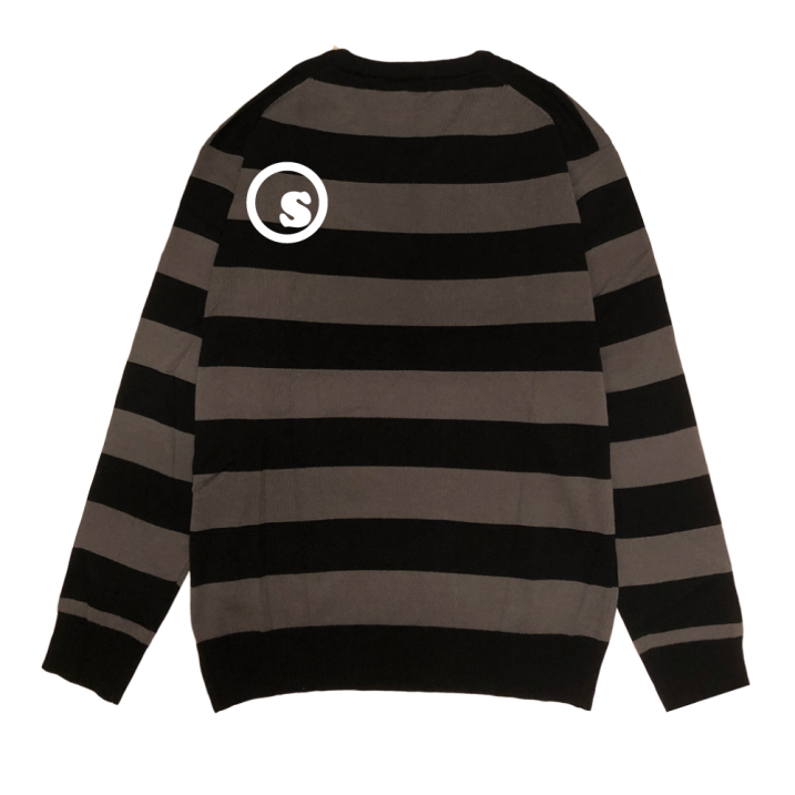 sd Vneck sweater