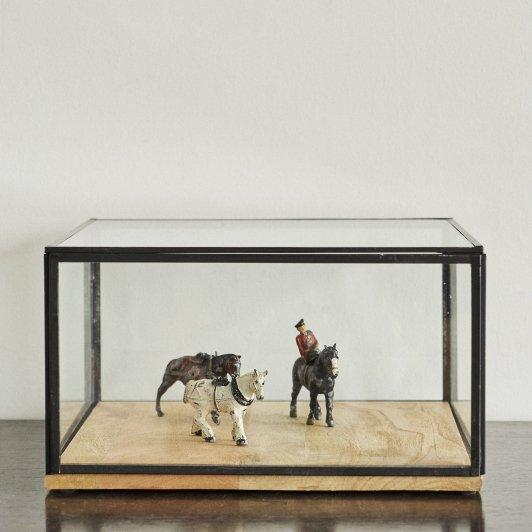 DIORAMA Horses and Woman 3pcs