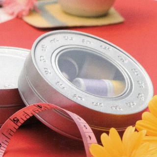 丸缶(平型) 窓あき刻印缶