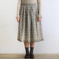 起毛刺繍 スカート