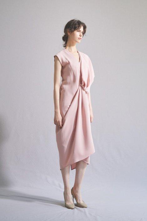 アシンメトリードレープドレス