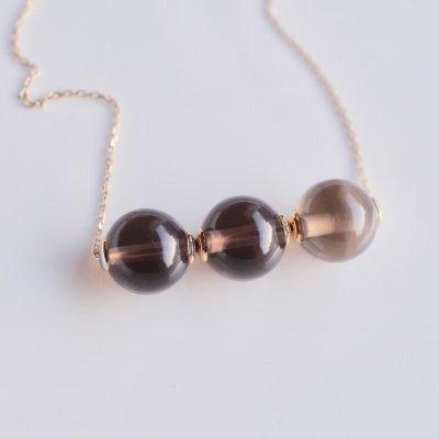 C.J  Trinity Necklace Smoky quartz