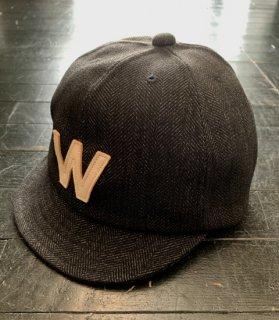 W COLLEGE - CAP