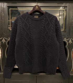 <img class='new_mark_img1' src='https://img.shop-pro.jp/img/new/icons14.gif' style='border:none;display:inline;margin:0px;padding:0px;width:auto;' />ISLANDS - CREW NECK SWEATER