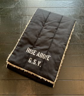 <img class='new_mark_img1' src='https://img.shop-pro.jp/img/new/icons14.gif' style='border:none;display:inline;margin:0px;padding:0px;width:auto;' />RISE ABOVE - REVERSIBLE PILE SCARF
