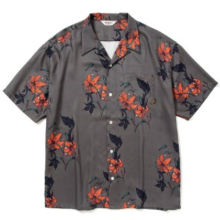 <img class='new_mark_img1' src='https://img.shop-pro.jp/img/new/icons14.gif' style='border:none;display:inline;margin:0px;padding:0px;width:auto;' />Allover flower pattern S/S shirt - 21SS001M