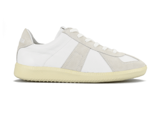 GERMAN TRAINER WHITE/ECRU<img class='new_mark_img2' src='https://img.shop-pro.jp/img/new/icons59.gif' style='border:none;display:inline;margin:0px;padding:0px;width:auto;' />