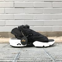 <img class='new_mark_img1' src='https://img.shop-pro.jp/img/new/icons5.gif' style='border:none;display:inline;margin:0px;padding:0px;width:auto;' />REEBOK INSTAPUMP FURY SANDAL V69436 BLACK 黒