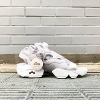 <img class='new_mark_img1' src='https://img.shop-pro.jp/img/new/icons5.gif' style='border:none;display:inline;margin:0px;padding:0px;width:auto;' />REEBOK INSTAPUMP FURY SANDAL V69440 STEEL GRAY グレー