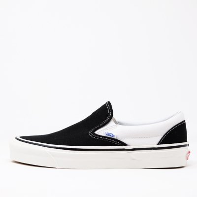 <img class='new_mark_img1' src='https://img.shop-pro.jp/img/new/icons5.gif' style='border:none;display:inline;margin:0px;padding:0px;width:auto;' />VANS CLASSIC SLIP-ON 98 DX(ANAHEIM FACTORY)  BLACK/WHITE