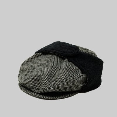 FOUND FEATHER [DRIVERS CAP] (GREEN HARRIS TWEED)