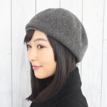 <img class='new_mark_img1' src='https://img.shop-pro.jp/img/new/icons14.gif' style='border:none;display:inline;margin:0px;padding:0px;width:auto;' />RETTER (レッター) Lamb beret classic
